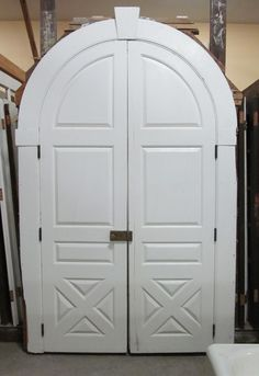 double arched doors DCTT