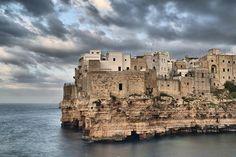 La Puglia è uno scrigno che non finisce mai di riservare sorprese,ecco 4 località da visitare in Puglia in un weekend