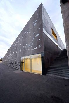 TEA - Tenerife Espacio de las Artes, Santa Cruz de Tenerife, Canary Island, Spain, by Herzog & De Meuron Architecture Websites, Facade Architecture, Beautiful Architecture, Contemporary Architecture, Landscape Architecture, Facade Design, Canary Islands, Cladding, Simple