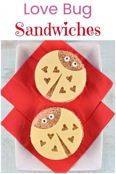 Super cute love bug sandwiches tutorial with step by step photos - perfect Valentines Day fun food for kids Food Art For Kids, Cooking With Kids, Valentines Day Food, Valentine Treats, Cute Food, Good Food, Creative School Lunches, Sandwiches, Love Bugs