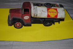 Antiguo Camion de lata  de venta en mercado libre http://articulo.mercadolibre.com.pe/MPE-405930656-camion-de-lata-shell-japones-_JM