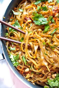 20 Minute Sweet and Spicy Noodles @ Served From Scratch