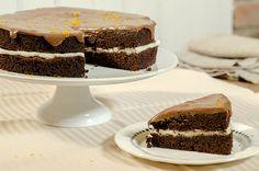mørk sjokoladekake med melkesjokoladeglasur 2