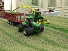 Rc Construction Equipment, Farm Layout, Chevy Diesel Trucks, Toy Display, Farm Toys, Mini Farm, Custom Trucks, Model Trains, Fire Trucks