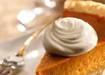 Sweet potato pie with a twist! Scrumptious sweet potato pie with a delicious praline crust Pumpkin Pie Spice Mix Recipe, Gluten Free Pumpkin Pie, Homemade Pumpkin Pie, Pumpkin Pie Recipes, Pumpkin Spice, Sugar Pumpkin, Diy Pumpkin, Homemade Food, Sprout Recipes