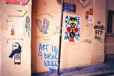 Street Art - Passage des Abbesses, Paris http://jesusisonthebeach.tumblr.com/