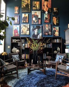 Modigliani Gallery WAll - Townhouse Decorating Ideas and Inspiration Living Room Trends, Living Room Decor, Bold Living Room, Living Room Furniture, Living Rooms, Interior And Exterior, Interior Design, Room Interior, Interior Rendering