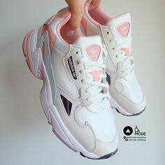 Customer orders Adidas Falcon Cream Peach Peach-co. - Customer orders Adidas Falcon Cream Peach Peach-colored cream that customers order is very cute. Cute Sneakers, Casual Sneakers, Sneakers Fashion, Shoes Sneakers, Sneakers Adidas, Fashion Outfits, Adidas Shoes Women, Fresh Shoes, Adidas Sneakers