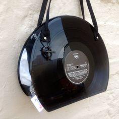 Upcycled vinyl record sac à main à la main par AsBeAu par AsBeAu