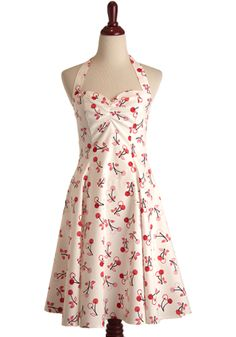 Sweetie dress in White Cherry