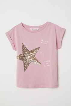 H&M T-shirt with Motif – Pink - T-Shirts & Sweaters 2019 Girls Party Wear, Party Wear Dresses, Diy Shirt, Sweater Shirt, Diy Tank, Girls Tees, Shirts For Girls, T Shirt Painting, Look Street Style