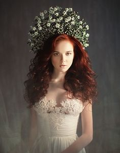 Headband Hairstyles, Wedding Hairstyles, Floral Style, Art Floral, Higher Design, Wedding Hair Pieces, Floral Fashion, Flower Brooch, Decoration