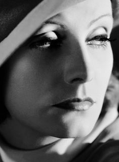 Gretta garbo in black and white