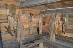 Duane Richardson's Trappers Cabin Longhunter, Fur Trade, Primitive Survival, Wood Logs, Mountain Man, Cabins In The Woods, Log Cabins, Old West, Man Photo