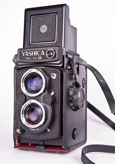 Yashica Mat 124G in MINT available on etsy https://www.etsy.com/listing/157654498/mint-yashica-mat-124-g-6x6-tlr-camera-w?ref=shop_home_feat_3