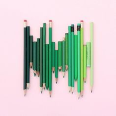 This Artist Arranges Everyday Objects In The Most Satisfying Ways - UltraLinx