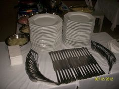 cia + do + krepp + 2013 + × Pixel- cia + do + krepp + 2013 + … – Towel Ideas 2020 Catering Buffet, Catering Display, Cutlery Art, Dining Etiquette, Table Manners, Napkin Folding, Table Arrangements, Wedding Catering, Decoration Table