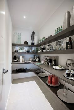 Waldorf 48 with Milan World of Style (Designer Category) Kitchen Ideas, Kitchen Design, Kitchen Decor, Porter Davis, Interior Decorating, Interior Design, Pantries, My Dream Home, The Hamptons