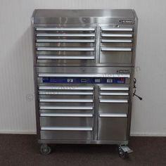 Kobalt Tool Cabinet >> Lot # : 3 - Kobalt Stainless 20 Drawer Tool Chest / Box ...