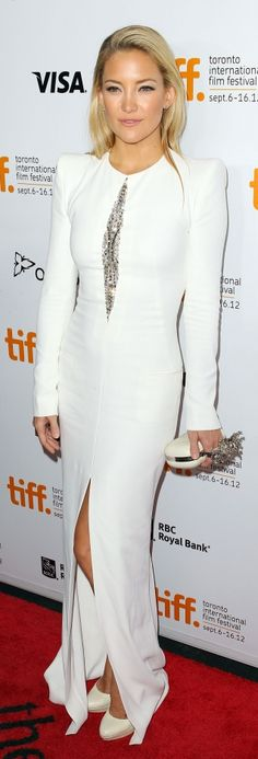 Kate Hudson es Aries Ascendente Cáncer. Este vestido es totally Cáncer!