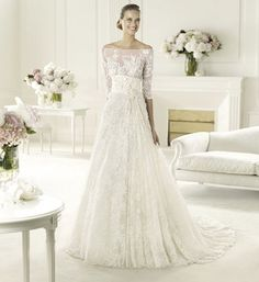 Elie Saab's 2013 Collection for Pronovias - Folie