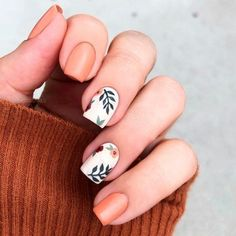 ▷ ideas for fall nail colors to try this season ▷ ideas for fall nail colors to try this season,Manicure and Nail Art orange and white nail polish, fall nail designs, floral. White Nail Polish, White Nails, Pink Nails, My Nails, White Nail Art, Color Nails, Brown Nails, Short Square Nails, Short Nails
