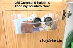 Command the counters to be clean and dry.