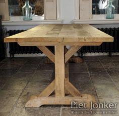 Eiken tafel