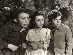 11/25/15  4:05a  MGM  ''The Secret Garden''  Dickon, Mary  Lennox  and Colin  Craven   Released: 4/30/1949 corrieamattina.com