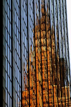 Chrysler Building reflection, NYC, via Gabriella Chrysler Building, A New York Minute, Empire State Of Mind, I Love Nyc, Wow Art, City That Never Sleeps, Concrete Jungle, Jolie Photo, London