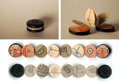 Libro dentro de un botón en manualidades y detalles para regalar, regalos y obsequios originales