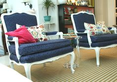 Little Green Notebook: How to Reupholster a Chair, Part 5: Sewing the Cushion - Great Tutorial!