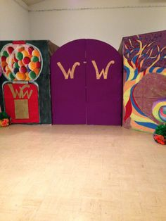 Wonka gates. Willy Wonka - Charlie and the Chocolate Factory Theme