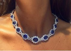 There are over 70 carats of #sapphires & 30 carats of diamonds in this incredible sapphire #necklace!!