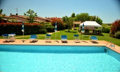 Reizende, kleine Ferienanlage mit 5 Ferienhäusern und Pool in kurzer Distanz zu den schönen Sandstränden der Maremma