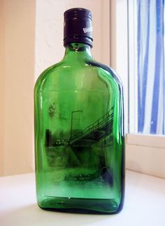 bouteilles peintes a la fumee par jim dangilian 8   Les bouteilles peintes à la fumée de Jim Dingilian   photo peinture Jim Dingilian image ...
