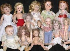 Tips for successful doll restoration Learn tips and tricks to help you successfully restore your vintage and antique dolls including hair combing, ceramic cleaning, and painting. Old Dolls, Antique Dolls, Vintage Dolls, Vintage Paper, Doll Crafts, Diy Doll, Girl Dolls, Baby Dolls, Reborn Dolls