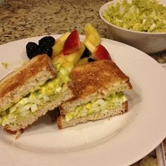 Whole 30 Delicious Avocado Egg Salad Recipe Egg Salad Sandwiches, Sandwich Recipes, Salad Recipes, Healthy Recipes, Avocado Egg Salad, Whole 30 Diet, Pickled Red Onions, Sweet Pickles, Whole 30 Recipes