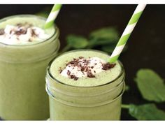 Delicious and Healthy Peppermint #Glutenfree #StPatricksDay Smoothie