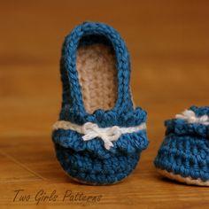 Ruffle Ballet Flat Crochet Pattern for Baby by TwoGirlsPatterns, $5.50 omg sooooo cute!