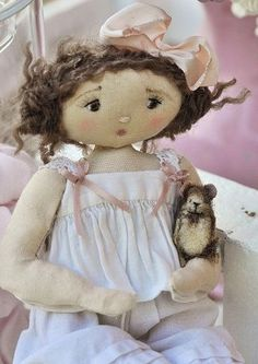 fabric doll with mouse...  via paysdemerveille.canalblogpoupette00