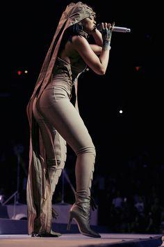 "Rihanna ""Anti World Tour"" #Rihanna #Woman #Beauty"