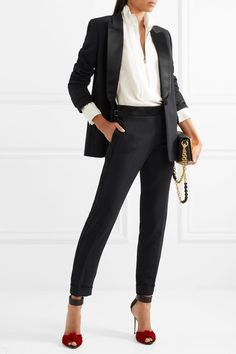 30 Graceful Office Outfits To Wear This Spring elegant outfit idea / black suit + bag + white shirt Business Casual Outfits, Business Attire, Office Outfits, Chic Outfits, Glamorous Outfits, Woman Outfits, Business Fashion, Tom Ford, Style Casual