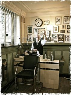 New York Barber Shop. Goodbye.