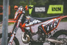Ktm 400, Motorcross Bike, Vintage Motocross, Road Rage, Dirtbikes, Toyota Tacoma, Motorbikes, Vehicles, Dirt Biking