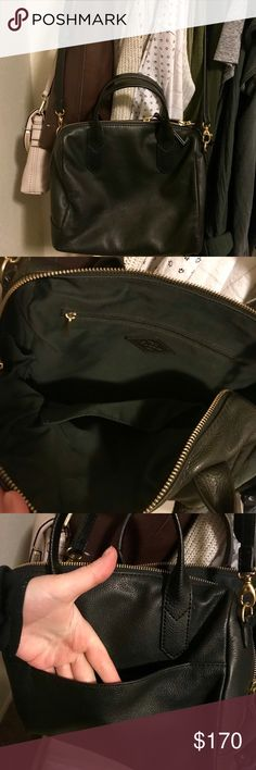 NEW! Fiona Fossil Satchel Black Super cute , no flaws at all! My family needs the money or else I'd keep it!! Please no low glass. Reasonable offers welcome! Fossil Bags Crossbody Bags
