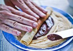 Zablisztes palacsinta   Varga Gábor (ApróSéf) receptje - Cookpad receptek Diabetic Recipes, Healthy Recipes, Healthy Food, Paleo, Keto, Detox Recipes, Detox Drinks, Pancakes, Sweets