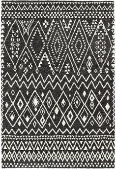 Karpet Mehari 0023-0064 kleur 8268 is gedessineerd en is een prachtig karpet met een dichte pool waardoor hij een heerlijk lange levensduur heeft.