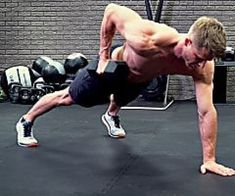 This Mini-Workout Will Blast Your Abs, Shoulders, and Arms All At Once — Men's Health Effective Ab Workouts, Lower Ab Workouts, At Home Workouts, Body Workouts, Mini Workouts, Workout Exercises, Fitness Exercises, Fitness Tips For Men, Fitness Gym