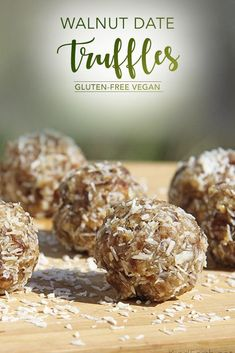 Easy Walnut Date Truffles gluten-free vegan by Anastasia Kind Earth Easy Walnut Date Truffles gluten-free vegan by Anastasia Kind Earth Source by trinityskitchen Vegan Dessert Recipes, Dairy Free Recipes, Raw Food Recipes, Vegan Gluten Free, Snack Recipes, Raw Desserts, Vegan Sweets, Vegetarian Recipes, Healthy Recipes